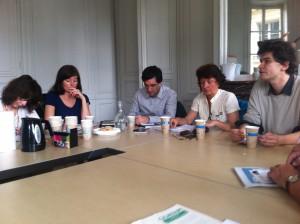 Petit déjeuner JNE sur la biopiraterie : de g. à dr., Nathalie Giraud (JNE ), Pierre Johnson, Claudie Ravel